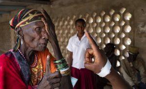 世卫组织发布第一份《世界视力报告》